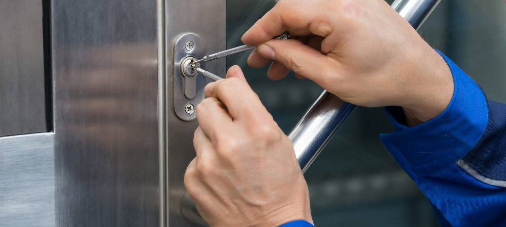 Why You Need To Use A Professional Locksmith